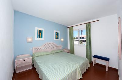 1-Bedroom apartment Oasis Park Apartments  Menorca