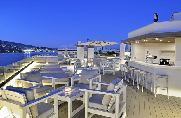 Chill Out Terrace (Suites Building) Alua Hawaii Mallorca & Suites Palmanova, Mallorca