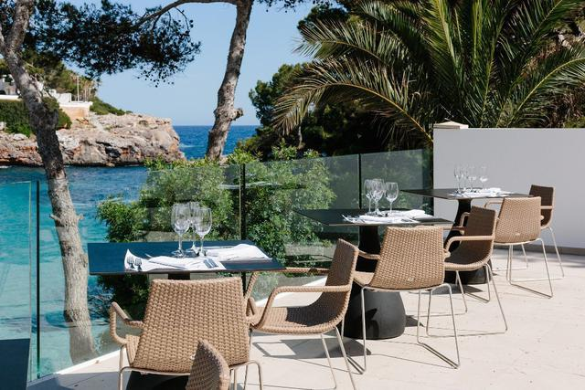Mare nubium restaurant aluasoul mallorca resort (adults only) hotel cala d'or, mallorca