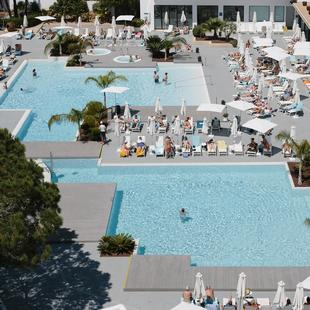 KENTIA POOL CLUB AluaSoul Ibiza (Adults Only)  Ibiza